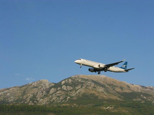 Авіалінії Чорногорії