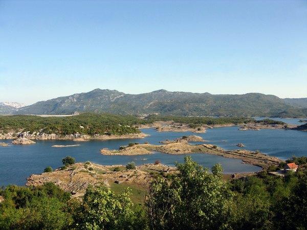 Озеро біля Нікшича